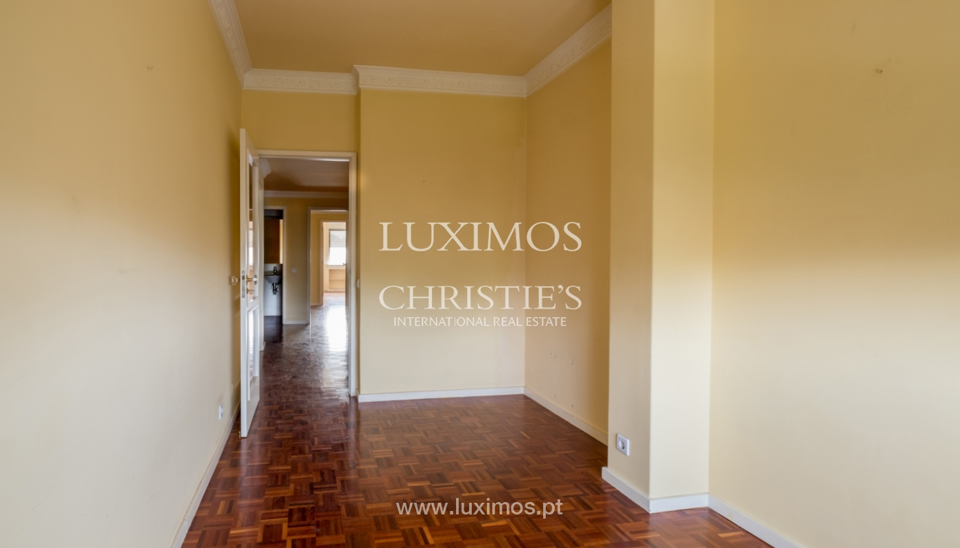 Arrendamento de apartamento com varanda, na Boavista_150955