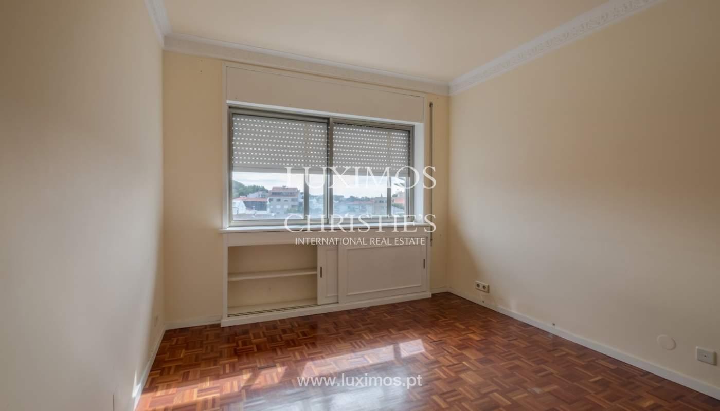 Arrendamento de apartamento com varanda, na Boavista_150977