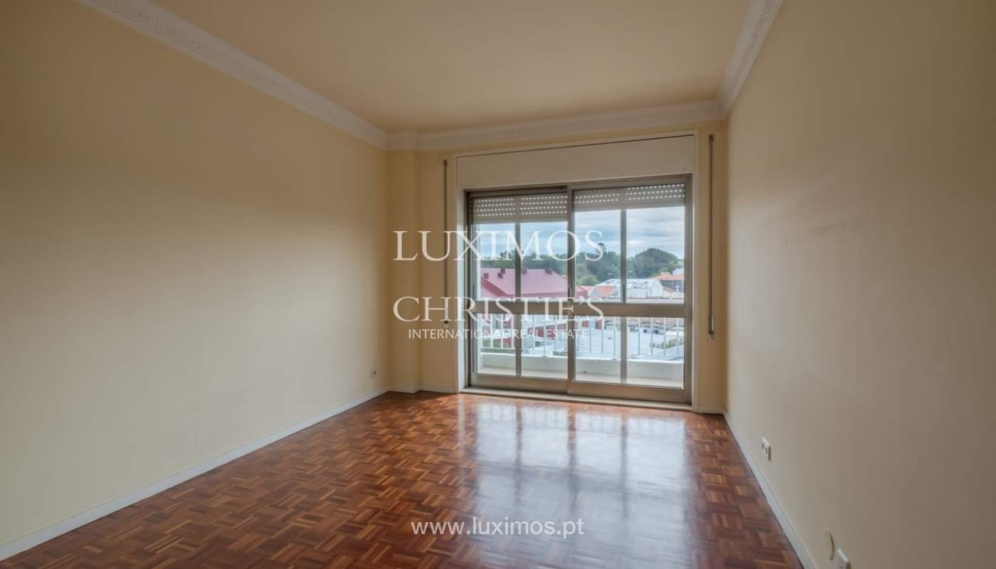 Arrendamento de apartamento com varanda, na Boavista_150984
