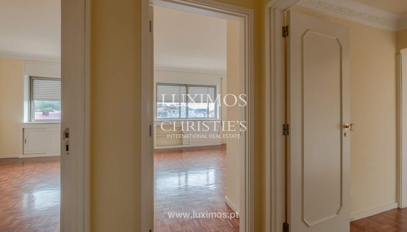 Arrendamento de apartamento com varanda, na Boavista_150992