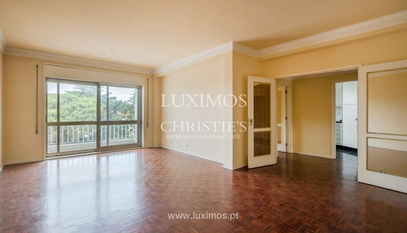 Arrendamento de apartamento com varanda, na Boavista_150995