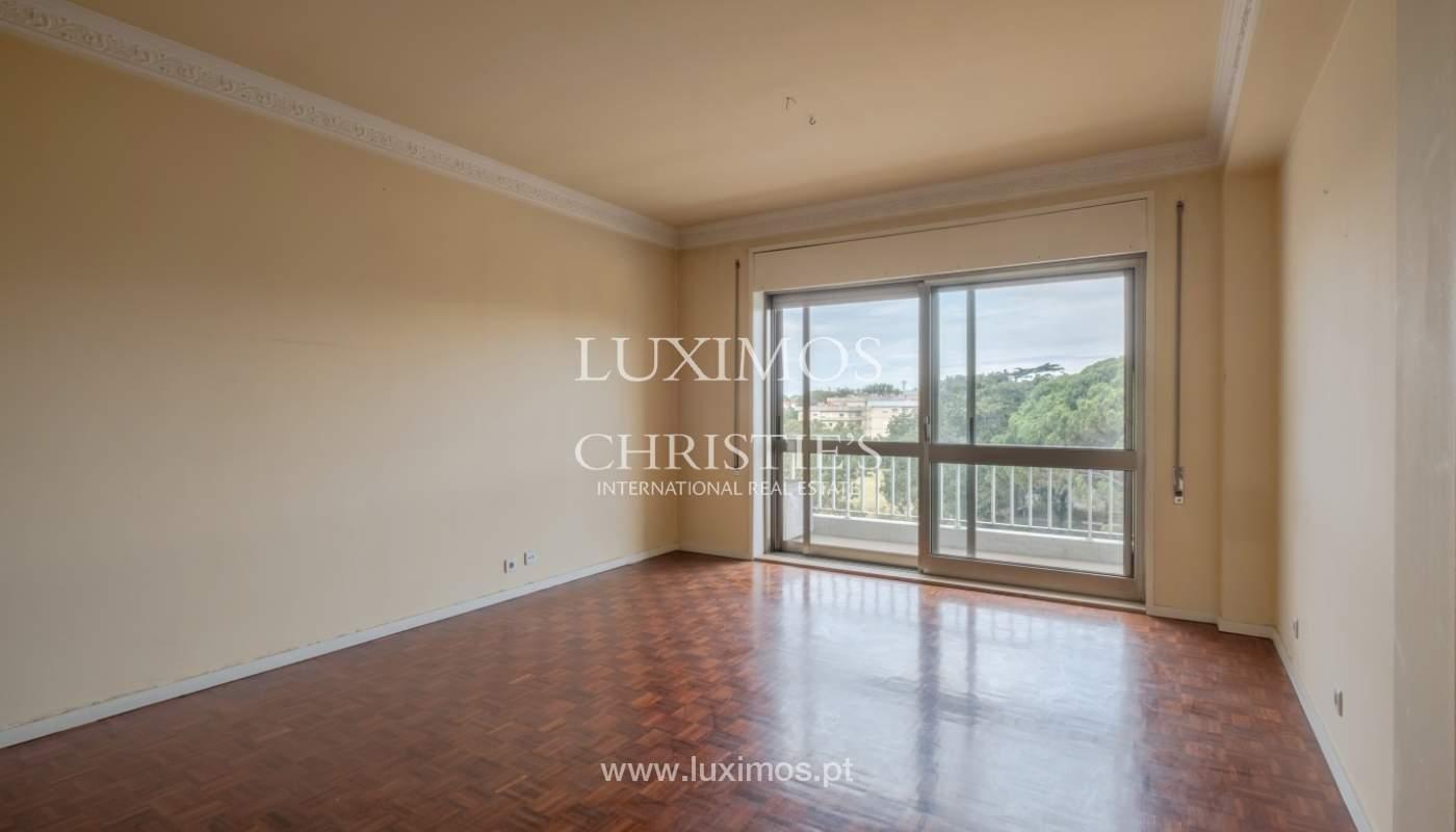 Arrendamento de apartamento com varanda, na Boavista_150997