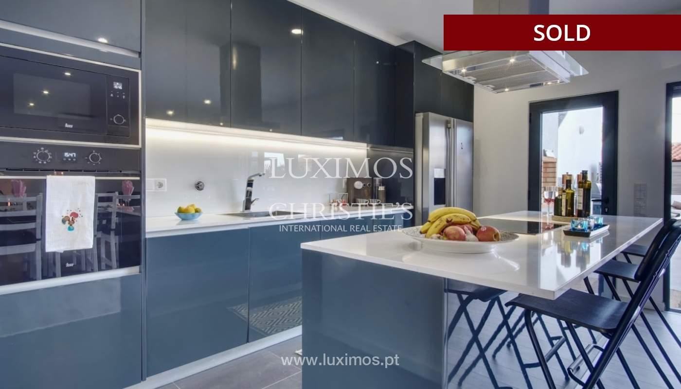 Geräumige 3-Zimmer-Wohnung, in Strandnähe, Quarteira, Algarve_151119