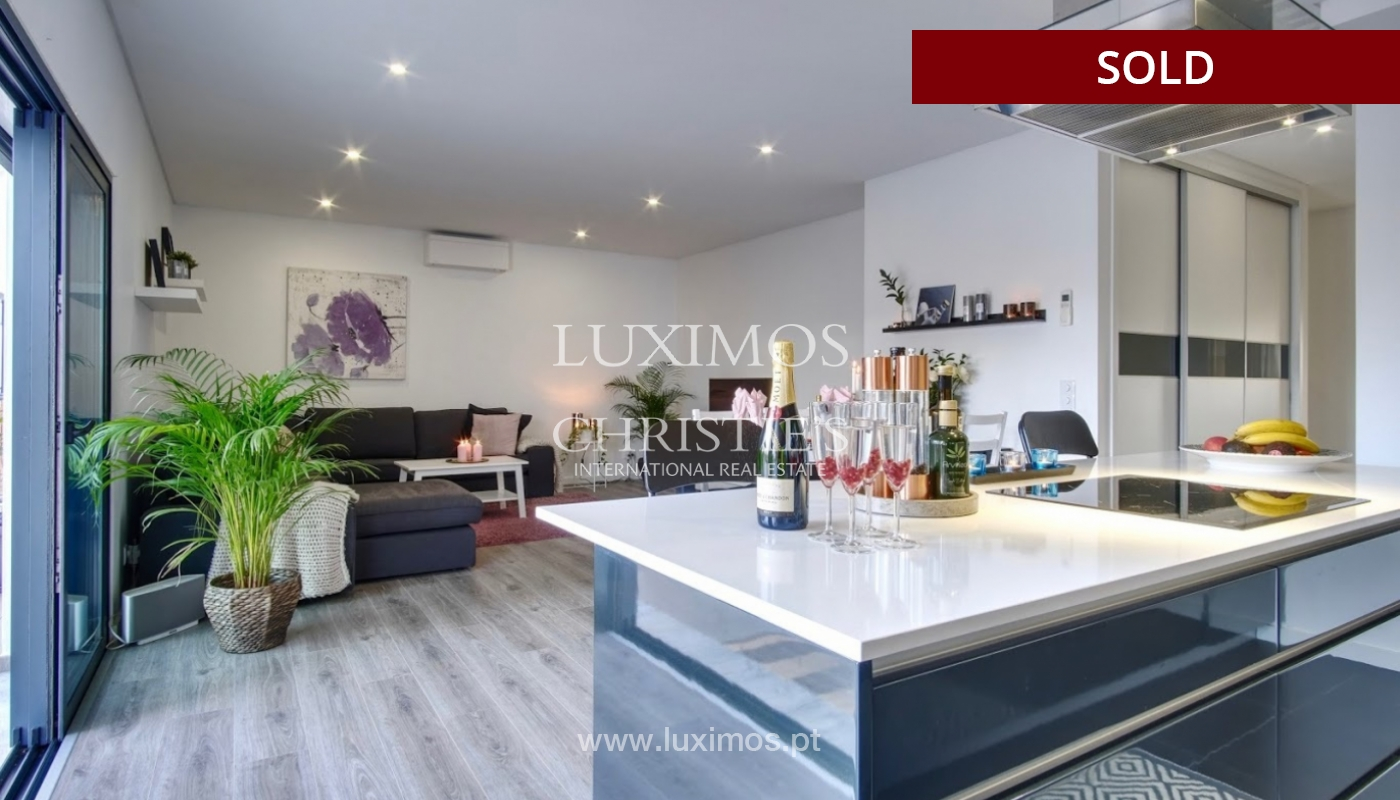 Geräumige 3-Zimmer-Wohnung, in Strandnähe, Quarteira, Algarve_151122