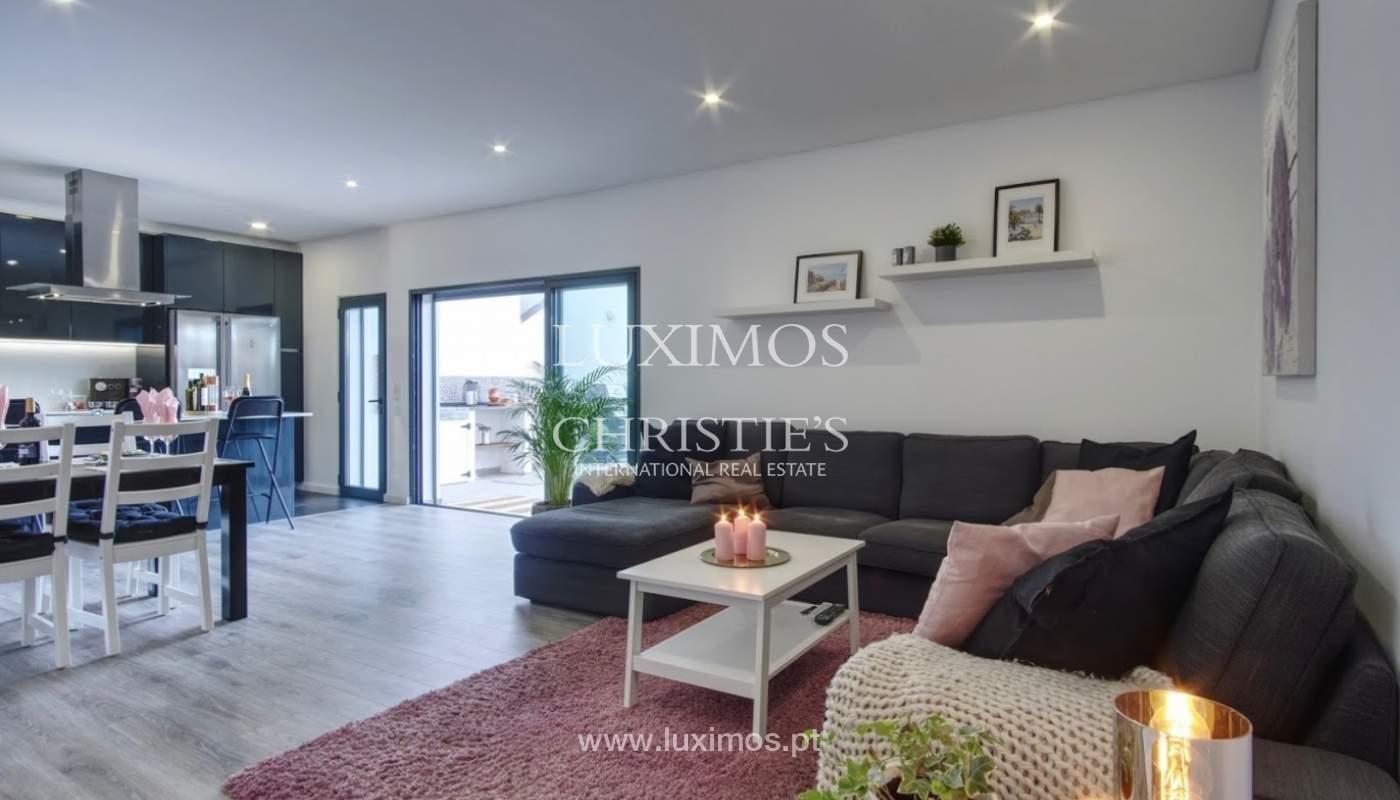 Geräumige 3-Zimmer-Wohnung, in Strandnähe, Quarteira, Algarve_151124