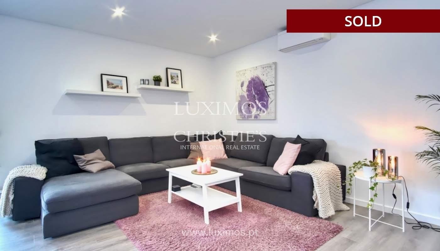 Geräumige 3-Zimmer-Wohnung, in Strandnähe, Quarteira, Algarve_151126