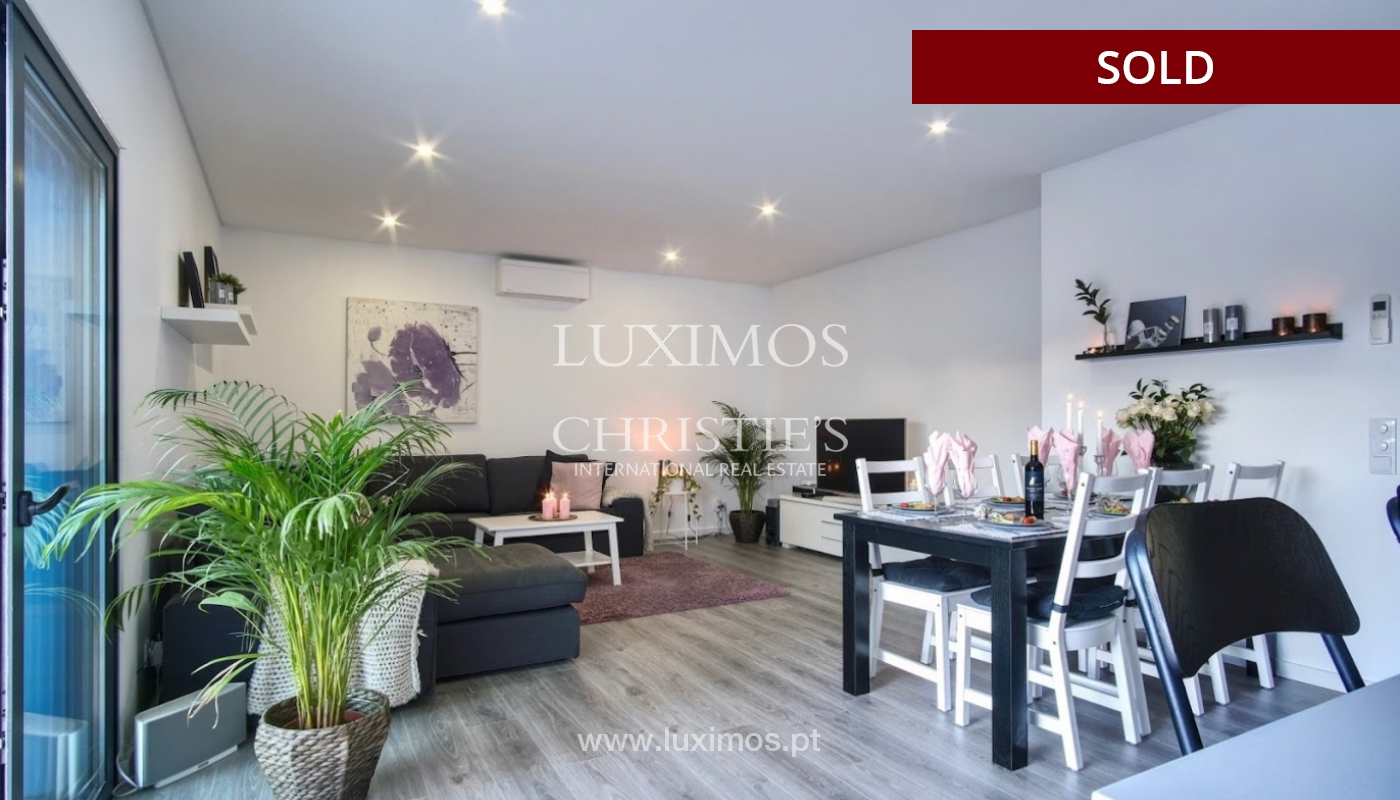Geräumige 3-Zimmer-Wohnung, in Strandnähe, Quarteira, Algarve_151127