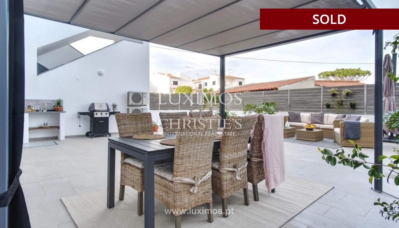 Geräumige 3-Zimmer-Wohnung, in Strandnähe, Quarteira, Algarve_151137