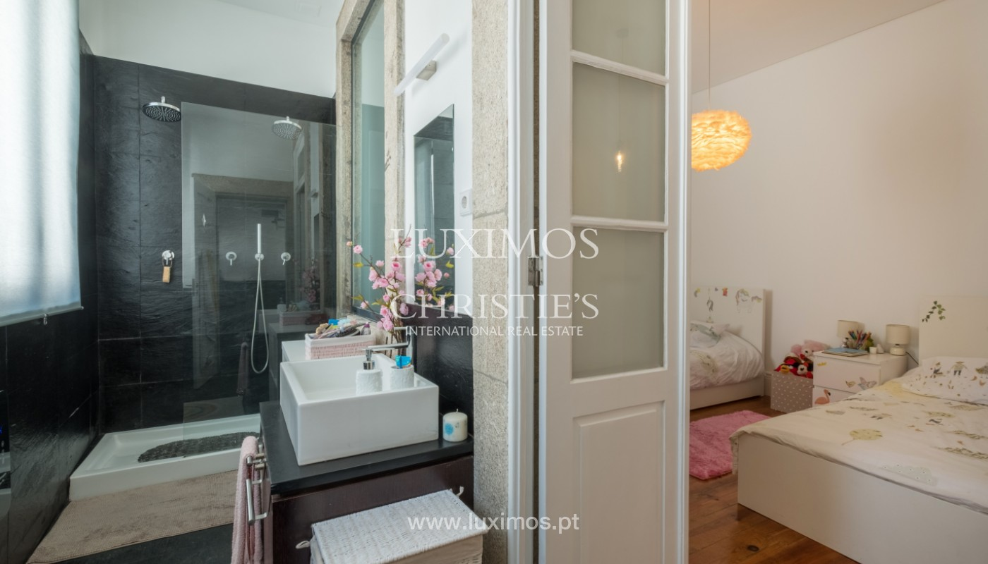 Rehabilitated house with garden, for sale, in Porto Centre, Portugal_151459