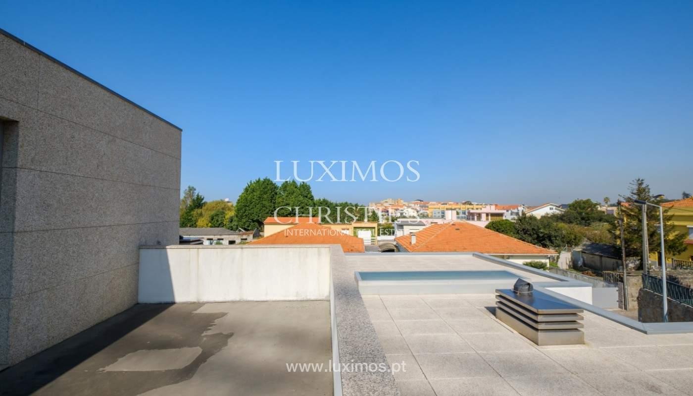 Moradia nova de luxo com piscina aquecida, em Canidelo_151776