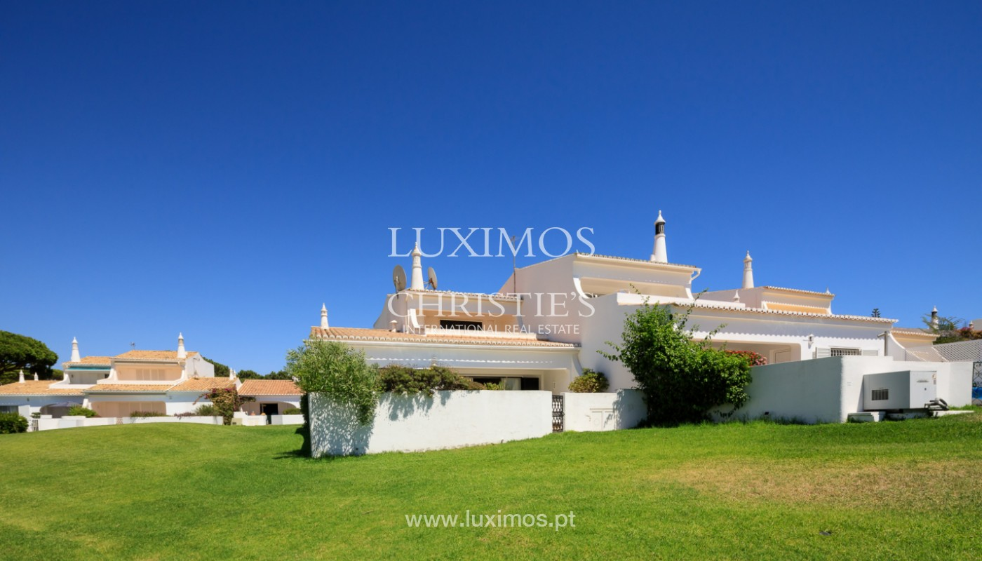 Sale of villa with sea view and golf, in Vale do Lobo, Algarve_152003