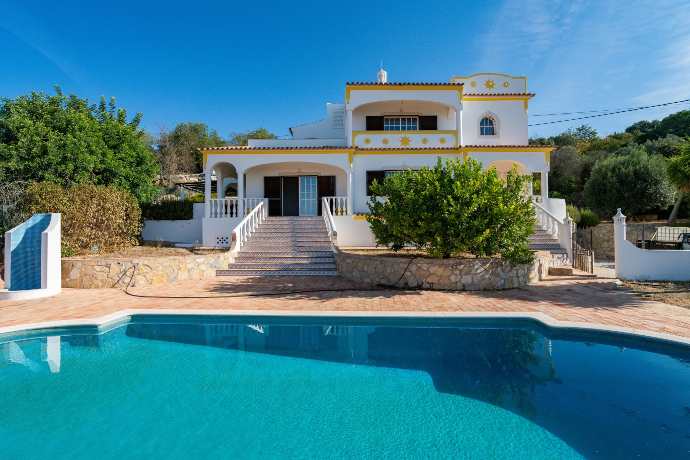 villa-with-4-bedrooms-swimming-pool-and-sea-view-boliqueime-algarve