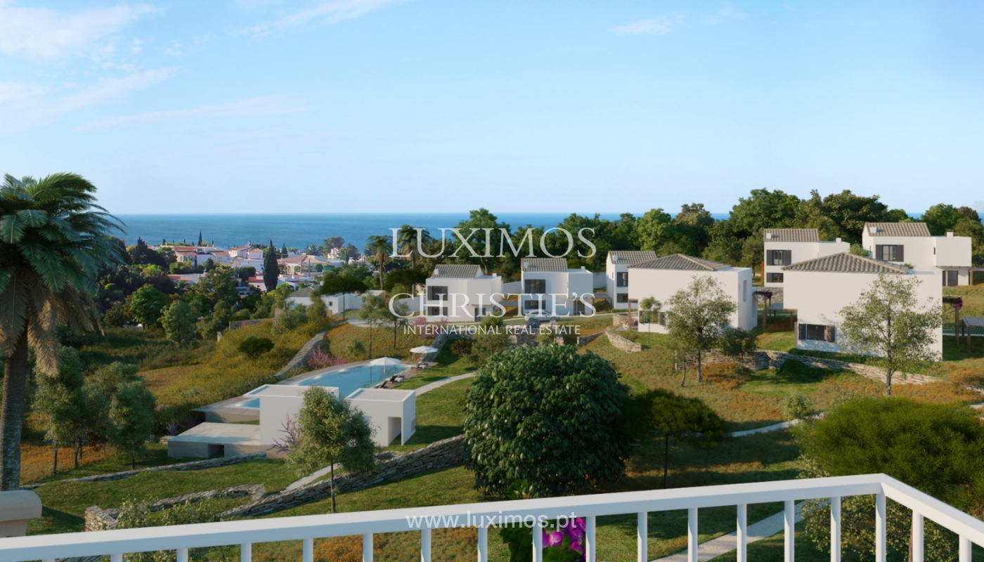 Villa with 3 Bedrooms, in luxury condominium, Carvoeiro, Algarve_152520