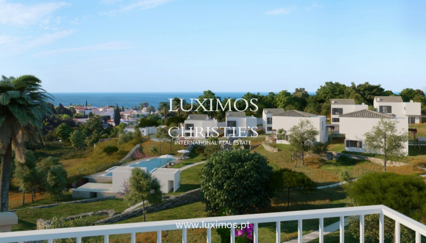 Villa with 3 Bedrooms, in luxury condominium, Carvoeiro, Algarve_152560