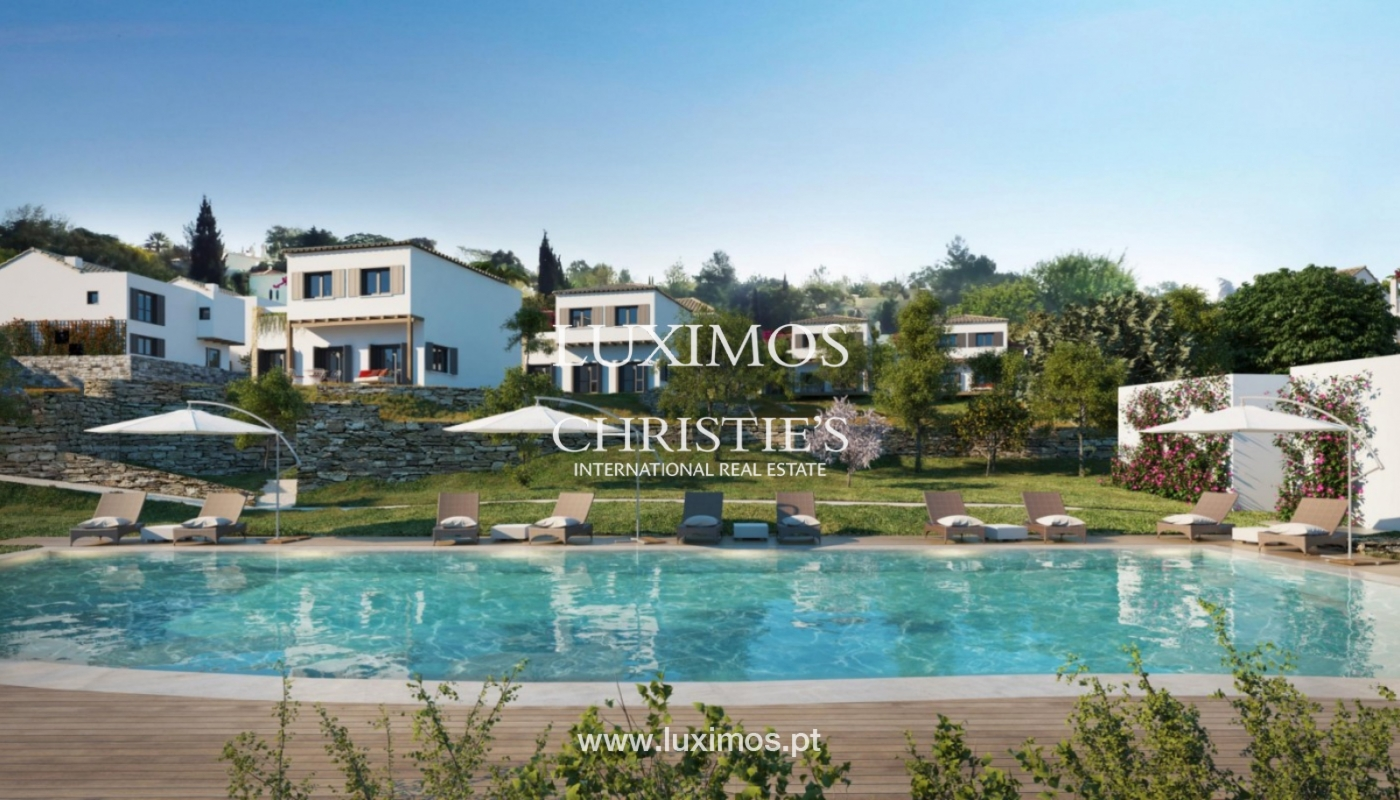 Villa with 3 Bedrooms, in luxury condominium, Carvoeiro, Algarve_152561
