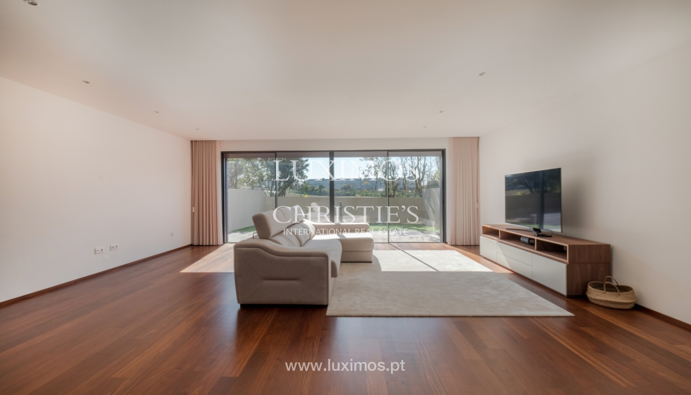 House with garden, for sale, in Lavra, Porto, Portugal_152880