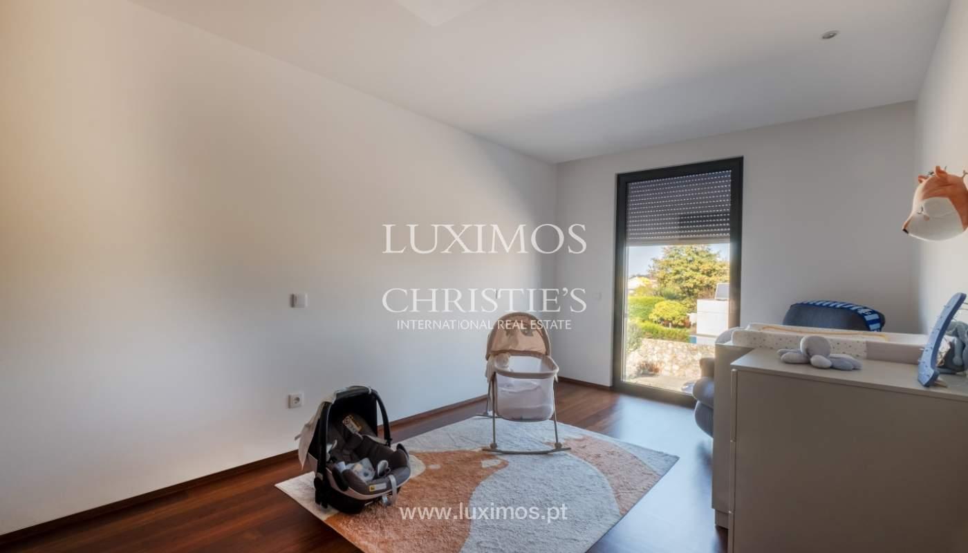 Casa con jardín, en venta, en Lavra, Porto, Portugal_152893