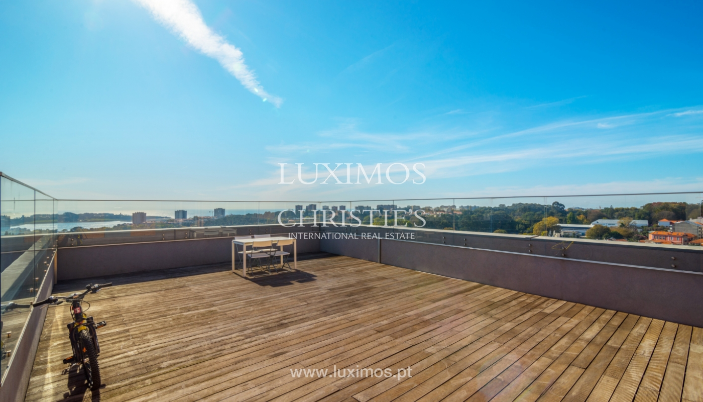 Penthouse with terrace and stunning Douro river views, Porto, Portugal_153025