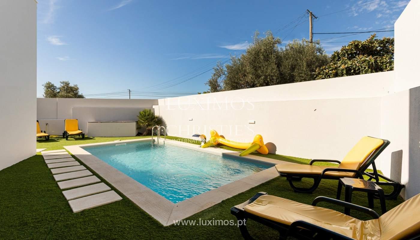 Villa contemporánea, con vista al mar y a la montaña, Santa Bárbara de Nexe, Algarve_153924