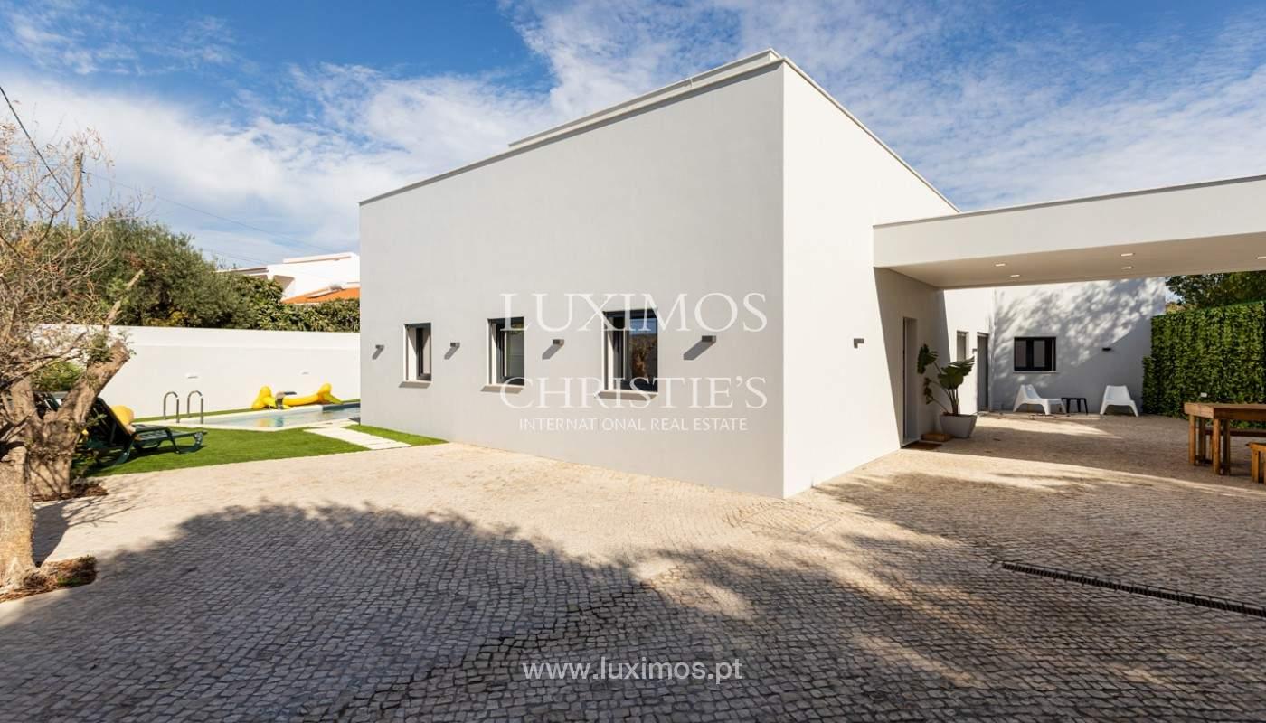 Villa contemporánea, con vista al mar y a la montaña, Santa Bárbara de Nexe, Algarve_153926
