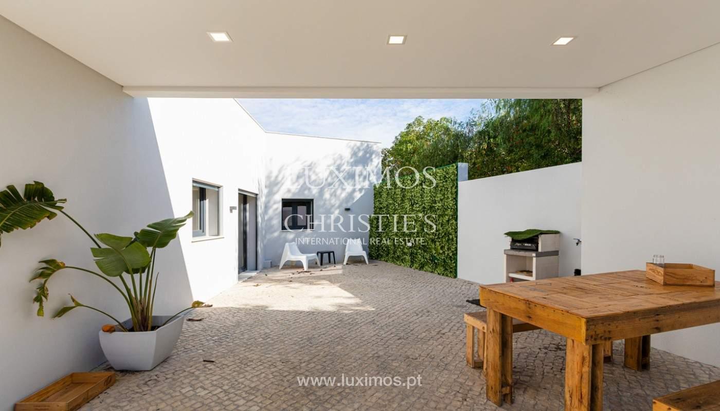 Villa contemporánea, con vista al mar y a la montaña, Santa Bárbara de Nexe, Algarve_153930