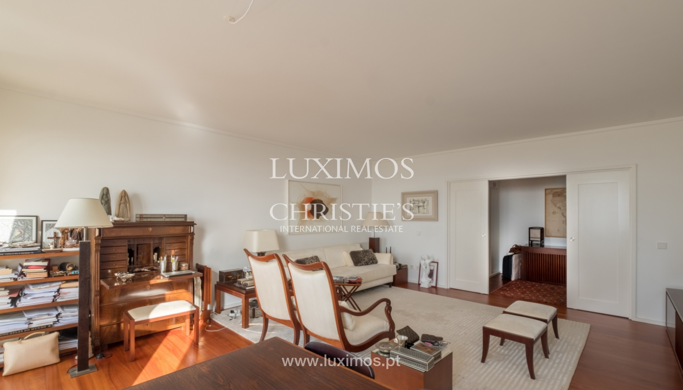 Apartamento de luxo com vistas mar, para venda, em zona nobre do Porto_154057