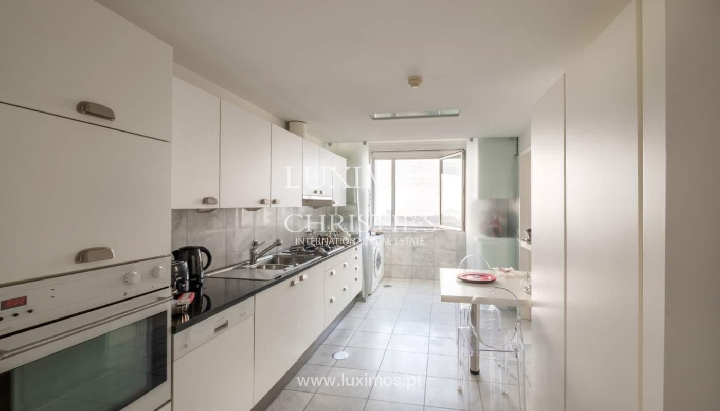 Apartamento de luxo com vistas mar, para venda, em zona nobre do Porto_154059