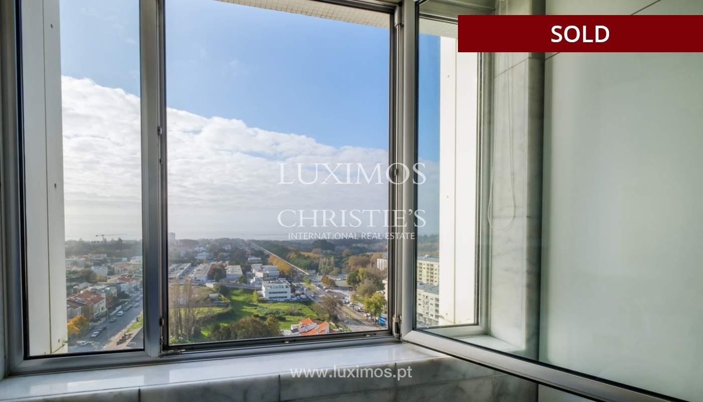 Apartamento de luxo com vistas mar, para venda, em zona nobre do Porto_154060
