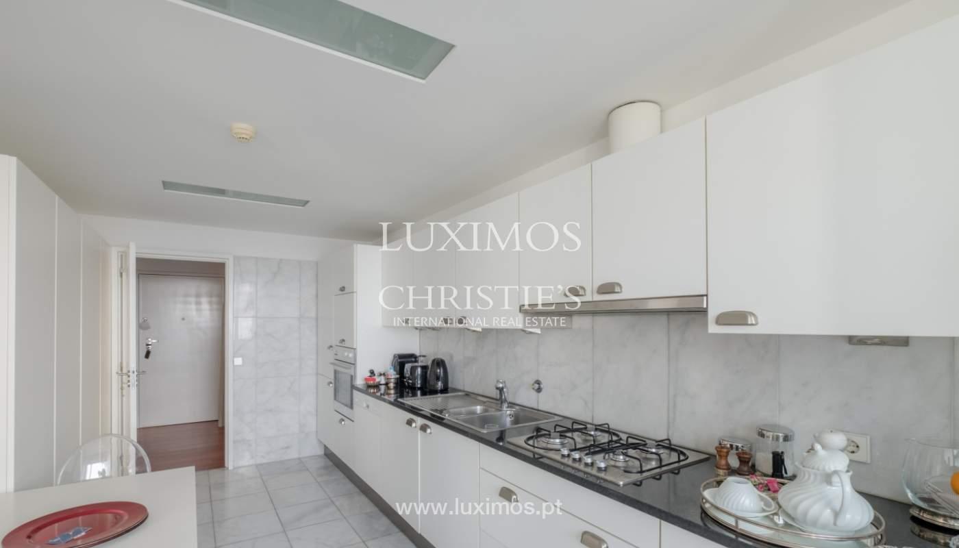 Apartamento de luxo com vistas mar, para venda, em zona nobre do Porto_154061