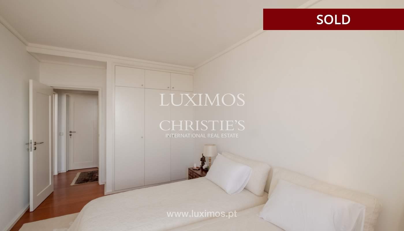 Apartamento de luxo com vistas mar, para venda, em zona nobre do Porto_154072