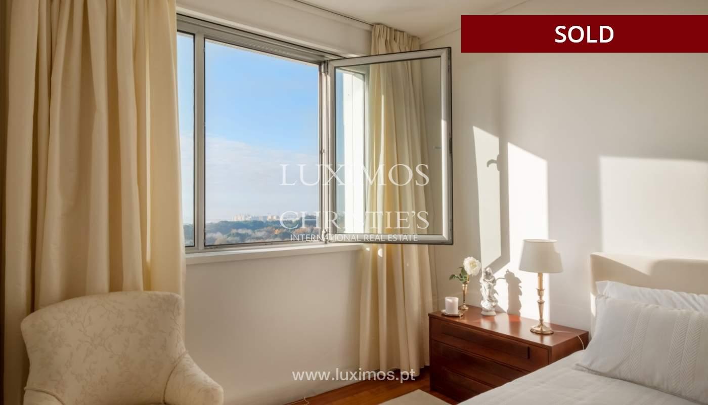 Apartamento de luxo com vistas mar, para venda, em zona nobre do Porto_154081