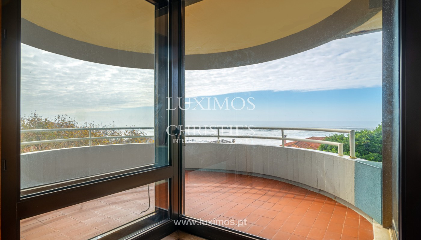 Apartment with balcony and sea views, for sale, in Foz do Douro, Porto, Portugal_154127