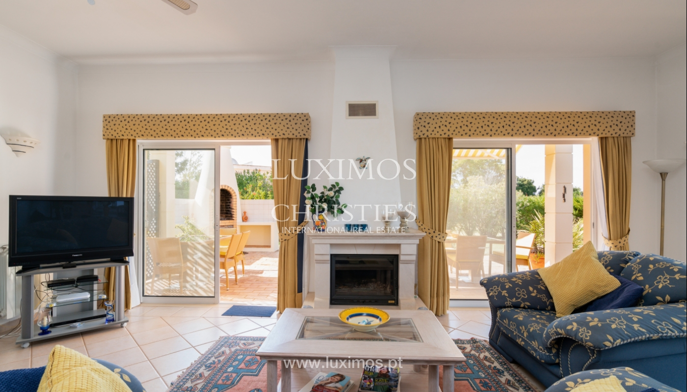 Villa, with pool and garden, Carvoeiro, Algarve_154146