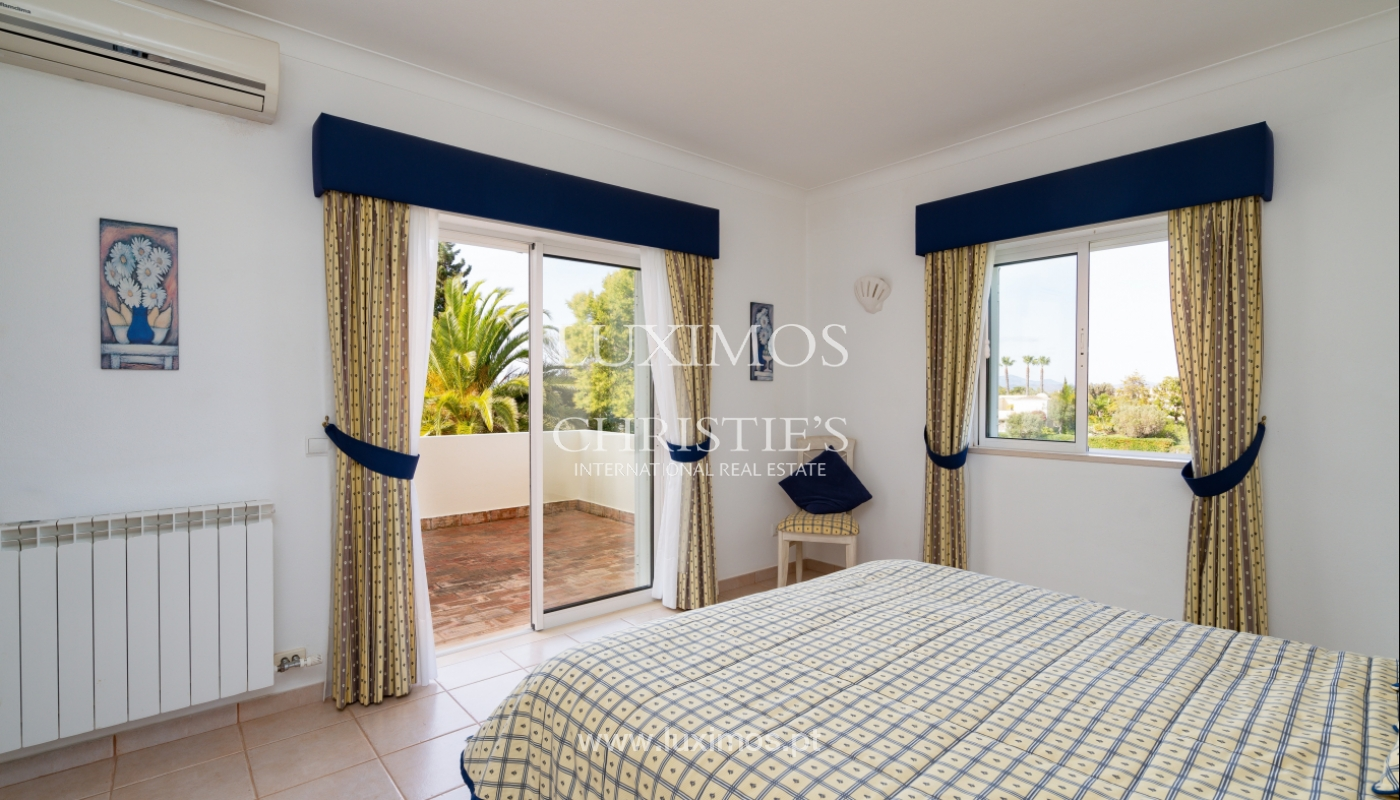 Villa, with pool and garden, Carvoeiro, Algarve_154172