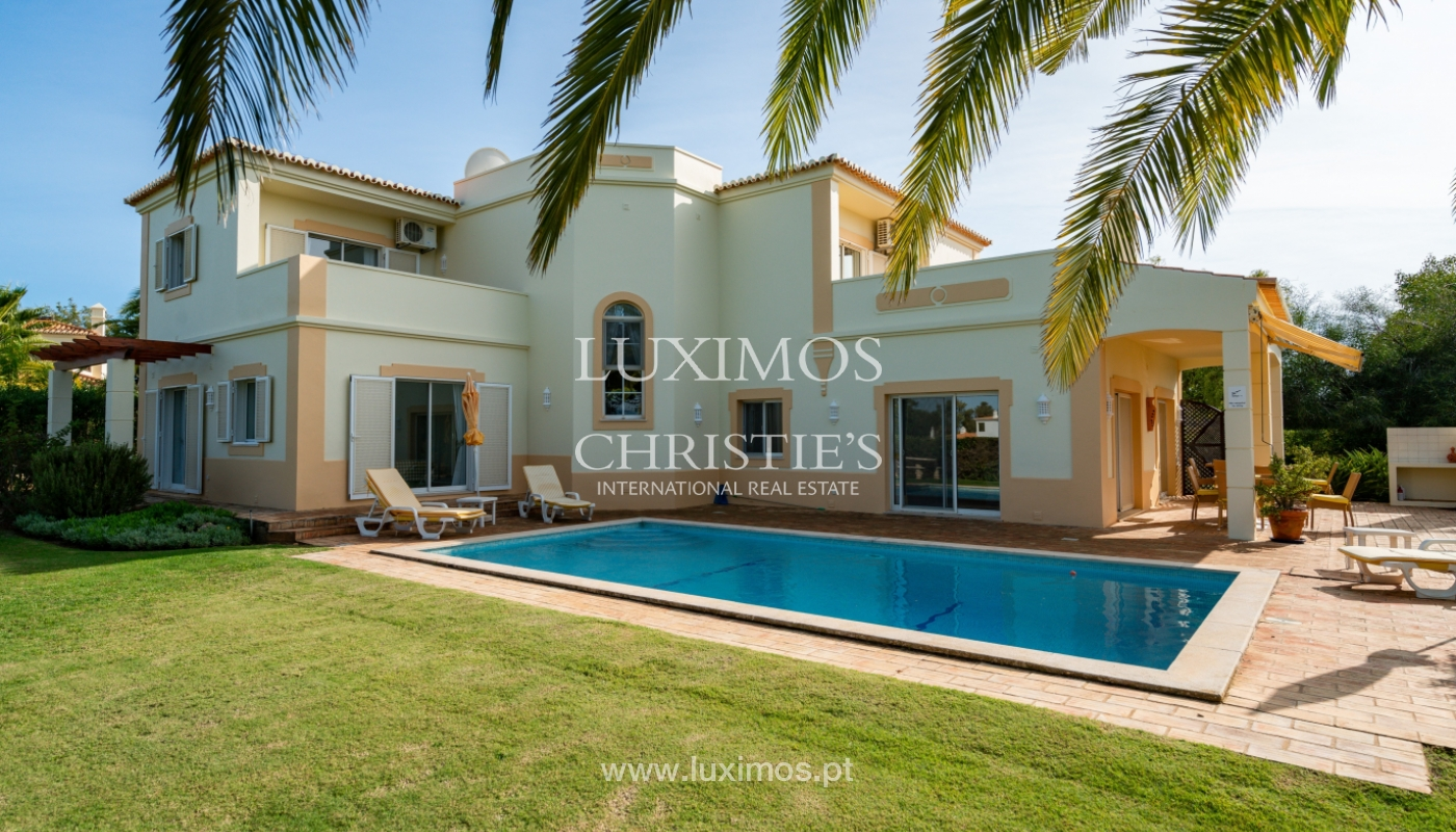 Villa, with pool and garden, Carvoeiro, Algarve_154184