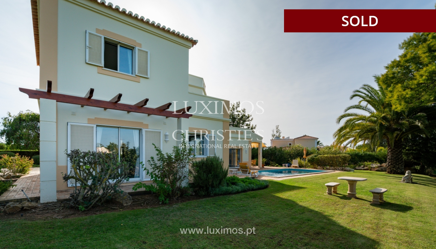 Villa, with pool and garden, Carvoeiro, Algarve_154185