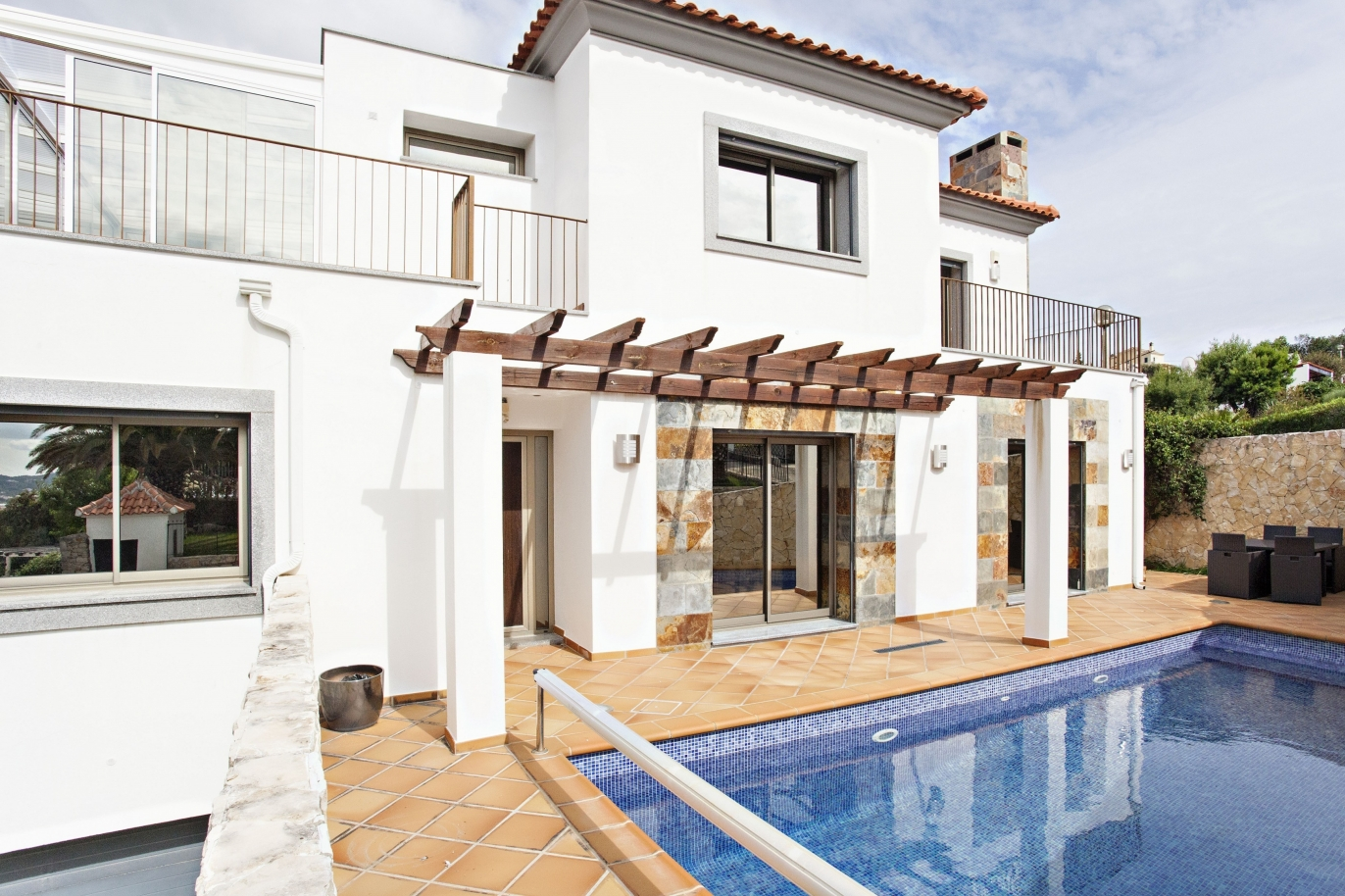 villa-with-swimming-pool-and-views-to-the-mountains-sao-bras-de-alportel-algarve
