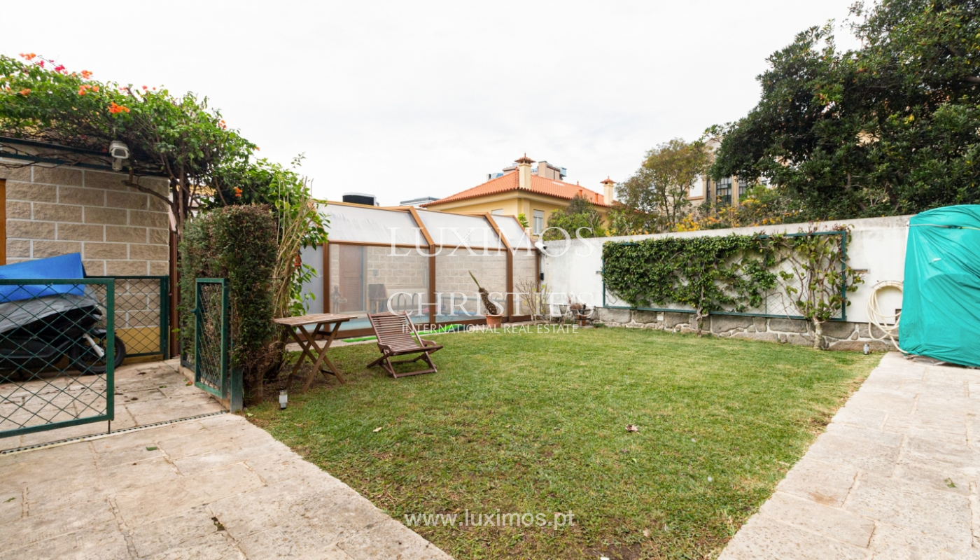 Villa with garden and pisicina, for sale, in Boavista, Porto, Portugal_154903