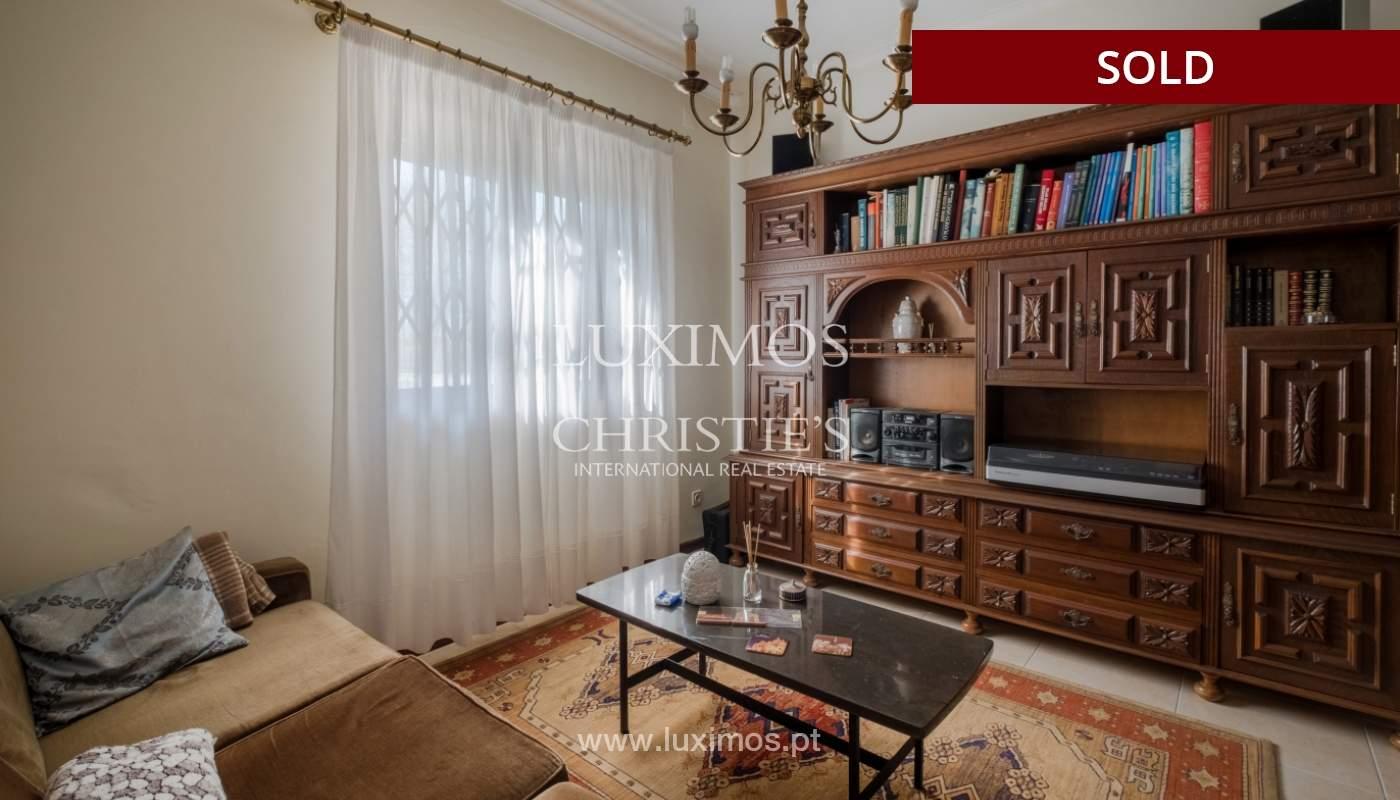 Moradia para remodelação, para venda, na Sr.ª da Hora, em Matosinhos_155250