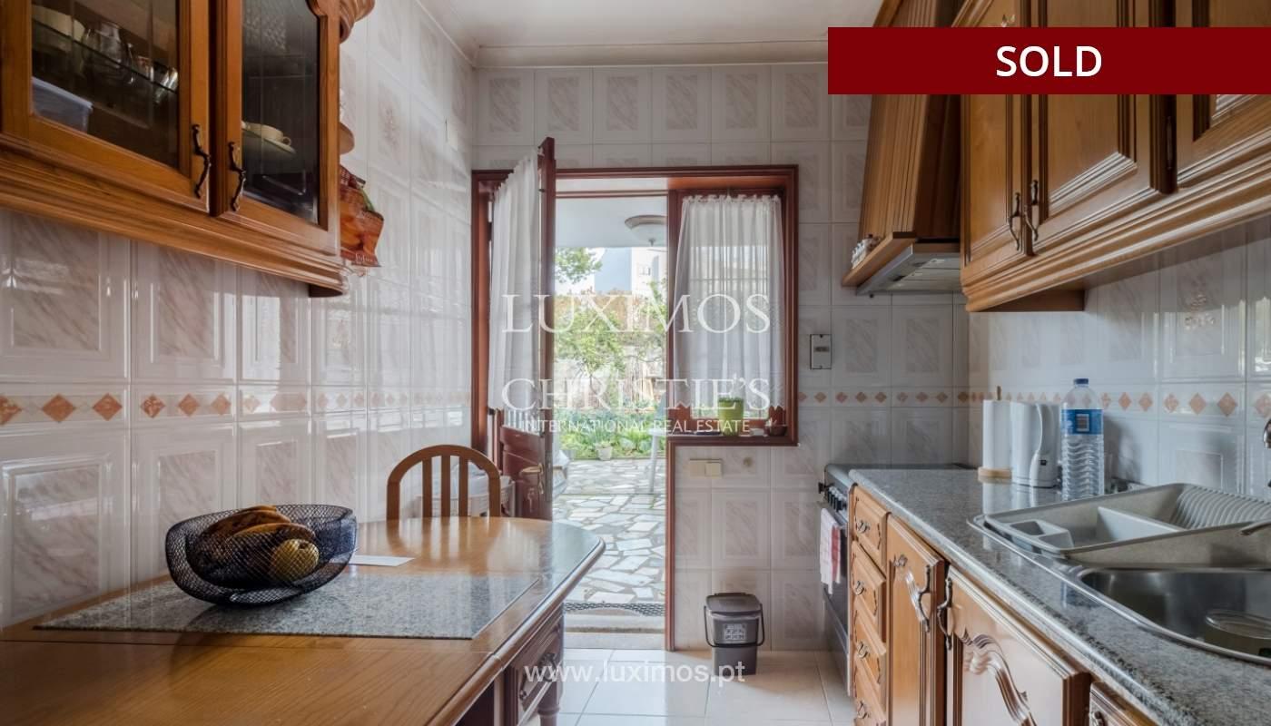 Moradia para remodelação, para venda, na Sr.ª da Hora, em Matosinhos_155256