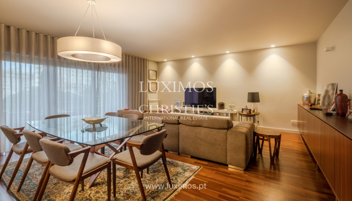 Apartment with balcony, for sale, in noble area of Foz do Douro, Porto, Portugal_155297
