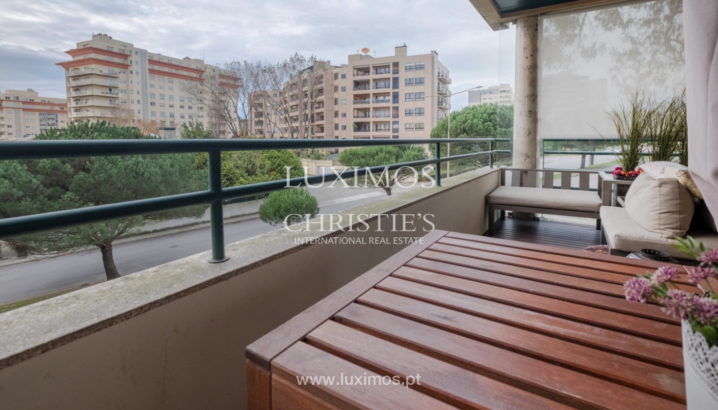Apartment with balcony, for sale, in noble area of Foz do Douro, Porto, Portugal_155314