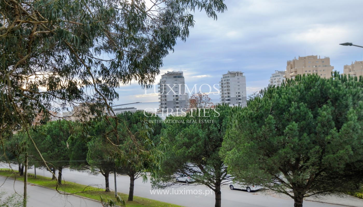 Apartment with balcony, for sale, in noble area of Foz do Douro, Porto, Portugal_155317