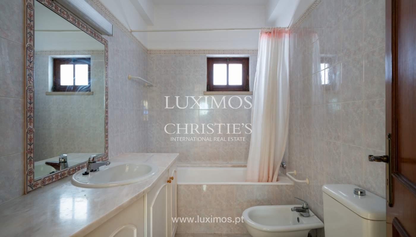 Villa de 4 dormitorios, con piscina y cerca del mar, Albufeira, Algarve_155497