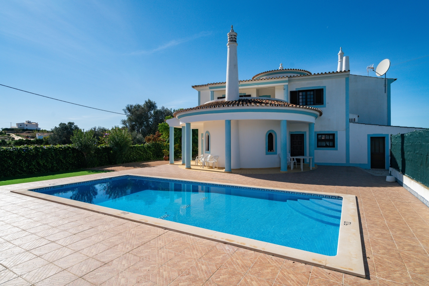 villa-with-swimming-pool-and-near-the-sea-albufeira-algarve