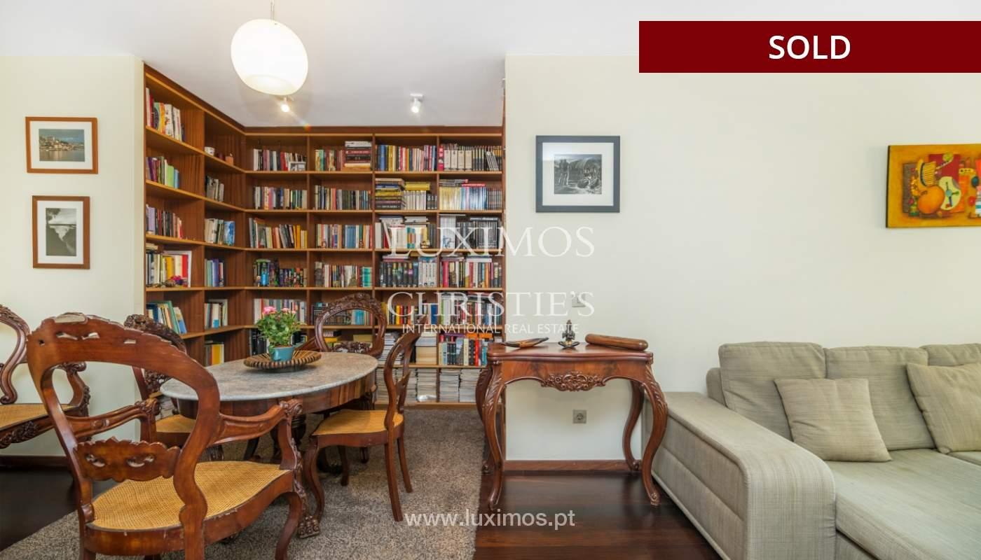 Apartamento con balcón, en venta, en Boavista, Portugal_155562