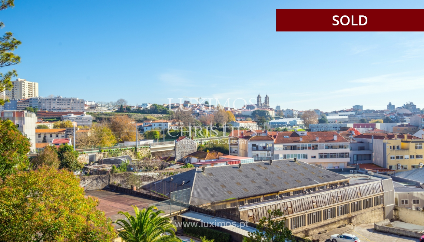 Apartamento con balcón, en venta, en Boavista, Portugal_155570