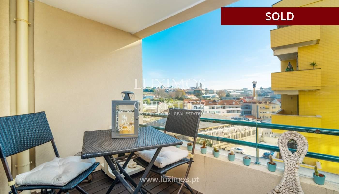 Apartamento con balcón, en venta, en Boavista, Portugal_155572