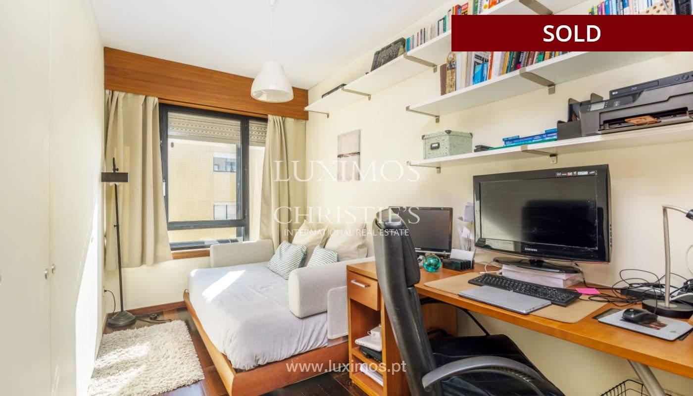 Apartamento con balcón, en venta, en Boavista, Portugal_155580
