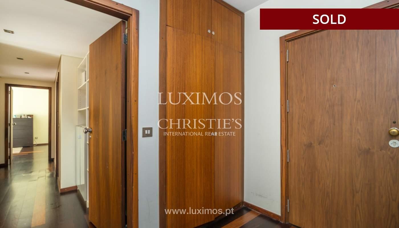 Apartamento con balcón, en venta, en Boavista, Portugal_155592